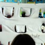 05 Heute geht die Schule los - Sockenpuppenlied der Klasse 4